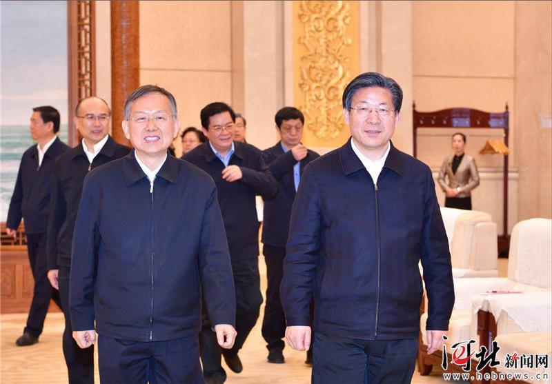 王东峰与应急管理部党组书记黄明举行工作座谈